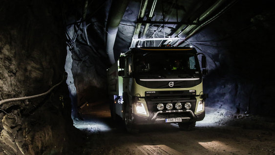 Pilot project: autonomous Volvo FMX driving in the Boliden mine