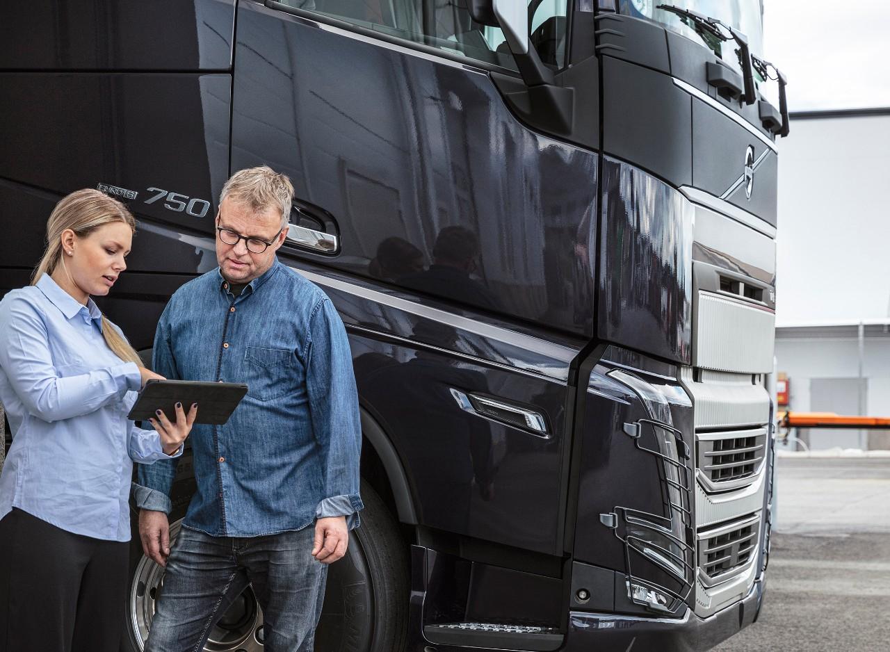 Rularea Volvo Connect de pe laptop