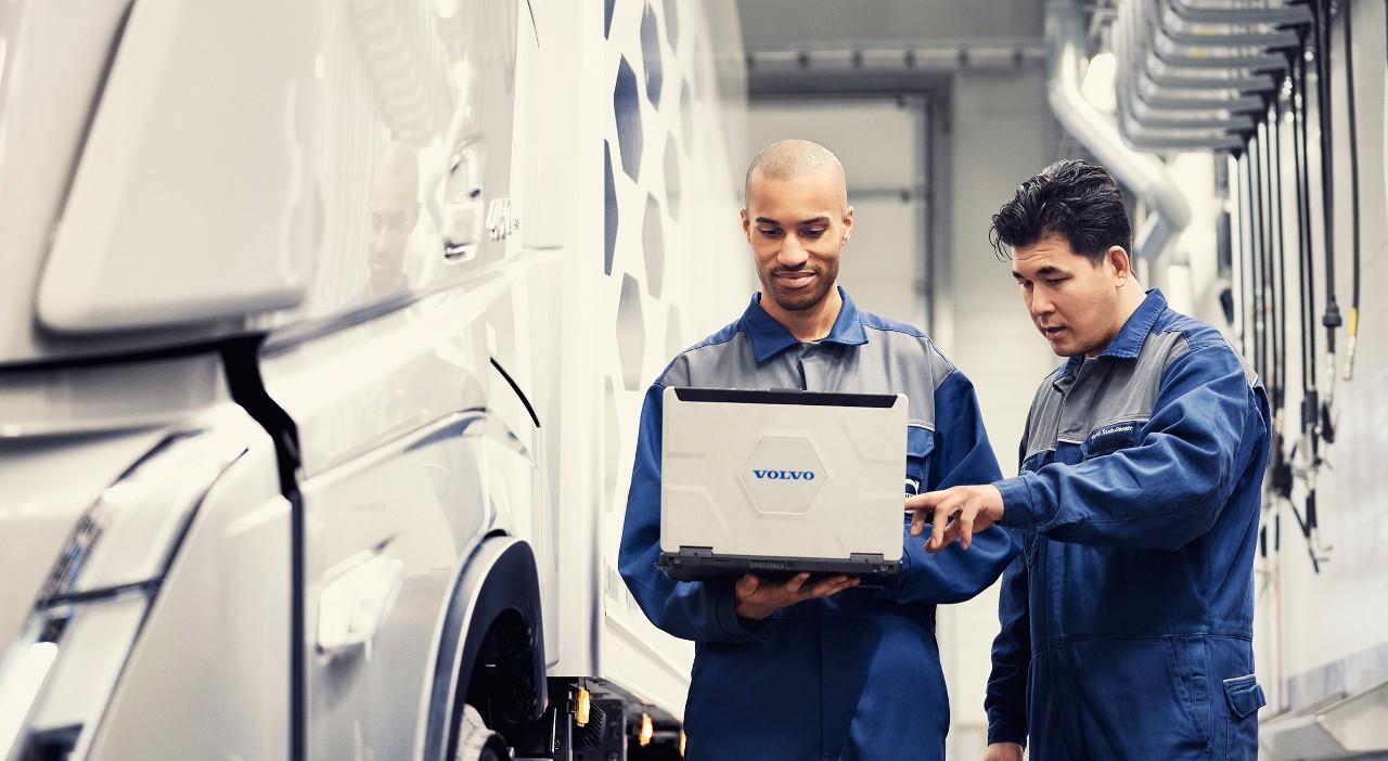 Service original Volvo realizat cu Piese originale Volvo