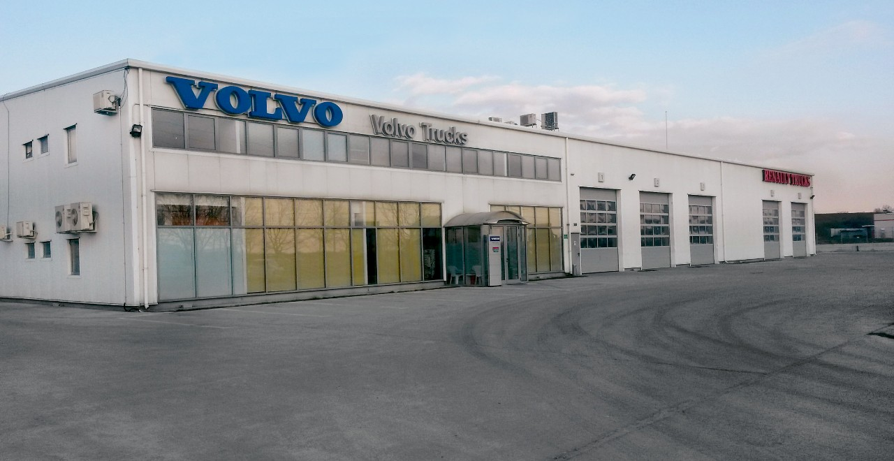 Volvo Trucks Center Oradea
